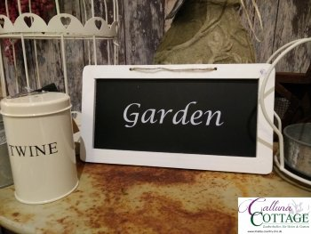 Holztafel-chic-antique-Garden_logo